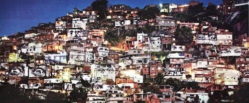 Les 30 ans de la pyramide du Louvre Favela10