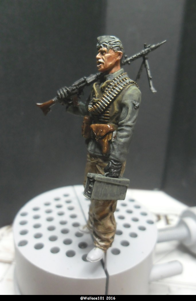 MG34 gunner Darius Minatures 1/35 terminé ! - Page 3 Access10