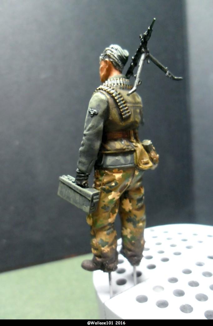 MG34 gunner Darius Minatures 1/35 terminé ! - Page 3 Camo_f11
