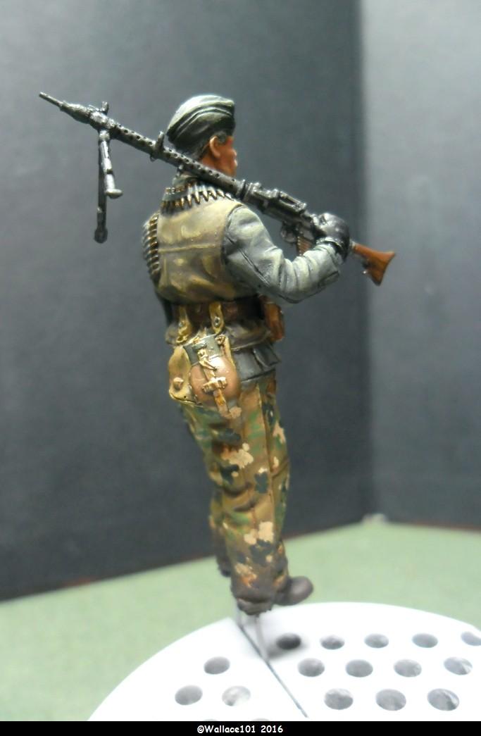 MG34 gunner Darius Minatures 1/35 terminé ! - Page 3 Camo_f12