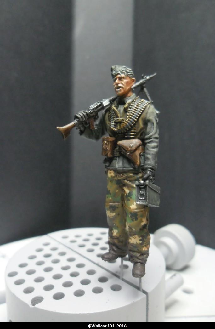 MG34 Gunner mars 1945 Darius miniatures 1/35 Fini_010