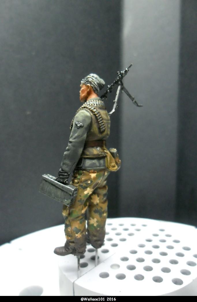 MG34 Gunner mars 1945 Darius miniatures 1/35 Fini_011