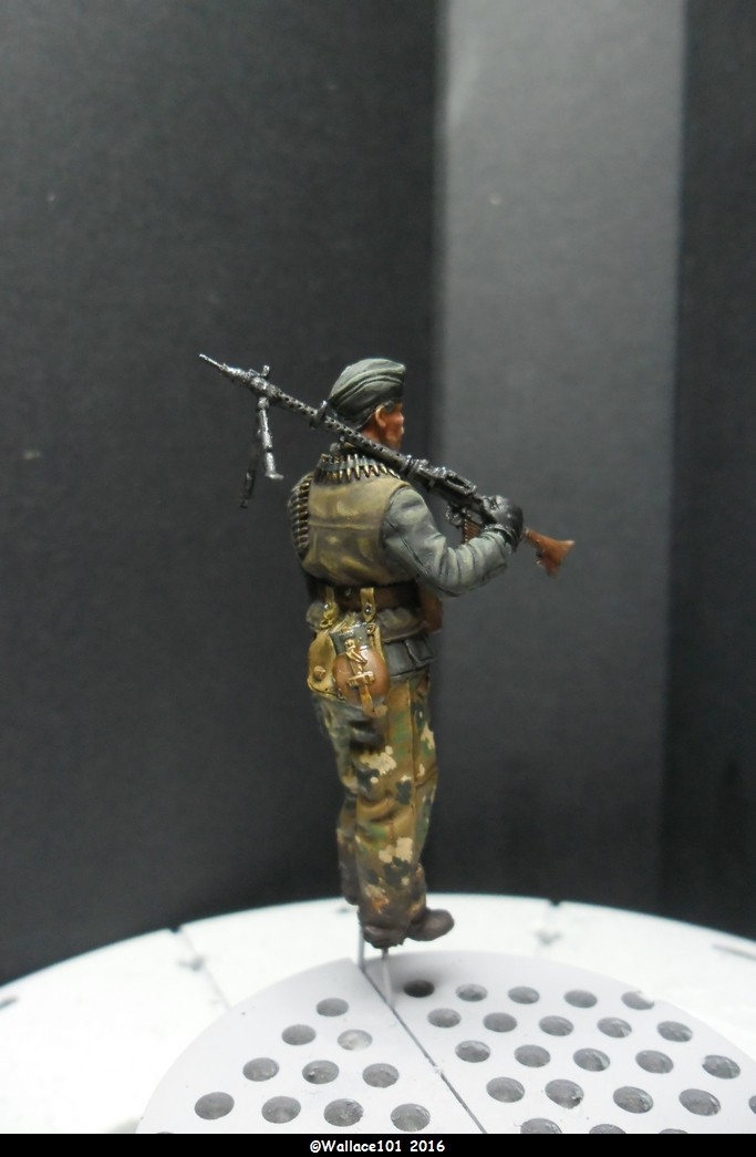 MG34 Gunner mars 1945 Darius miniatures 1/35 Fini_012