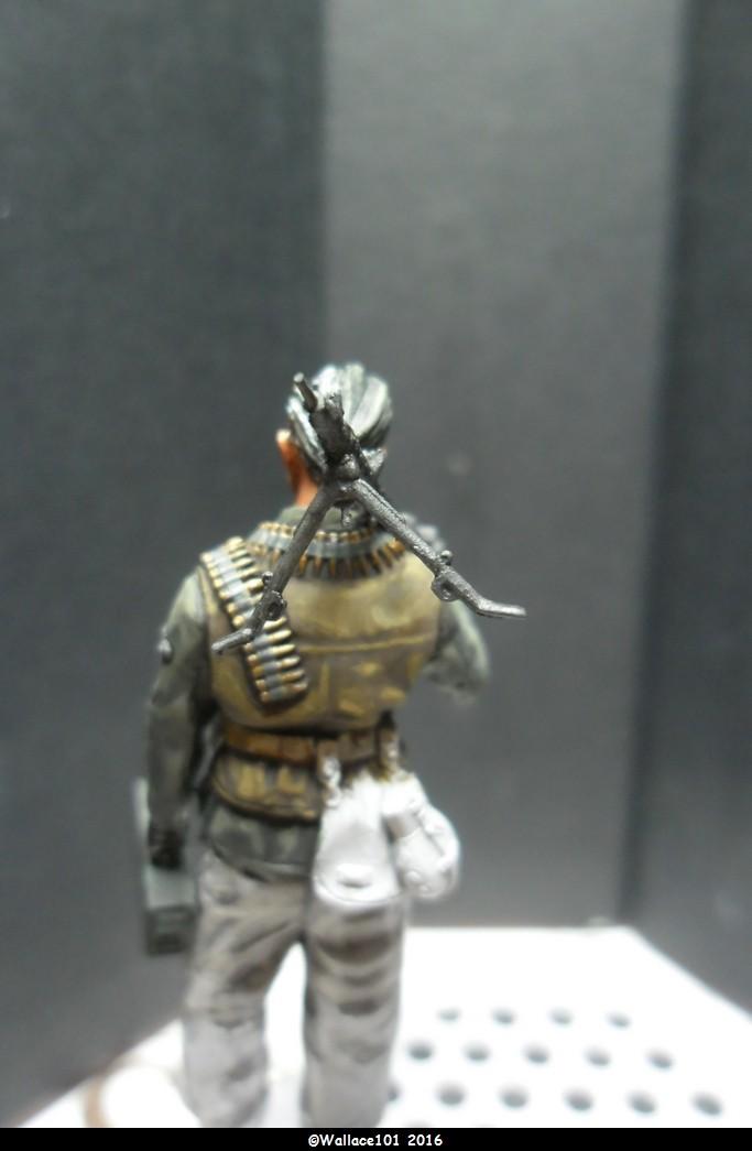 MG34 gunner Darius Minatures 1/35 terminé ! - Page 2 Mg34_012