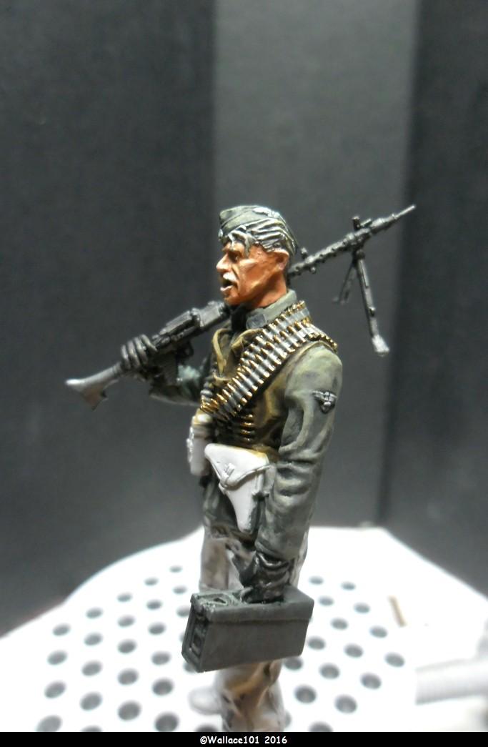 MG34 gunner Darius Minatures 1/35 terminé ! - Page 2 Mg34_013