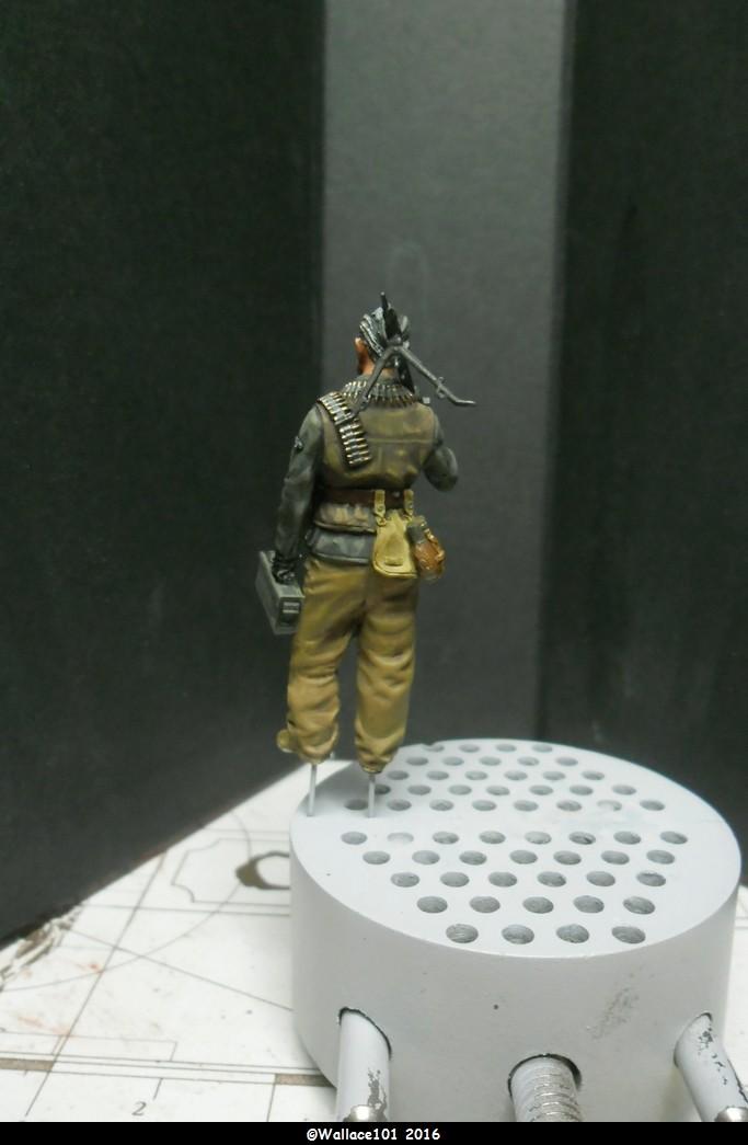 MG34 gunner Darius Minatures 1/35 terminé ! - Page 3 Pantal13