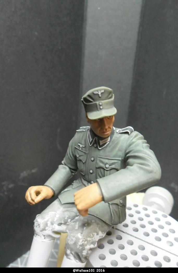 "Kübelwagen Crew ""Chauffeur"" 120mm Verlinden (Acryliques) FINI! - Page 4 Sam_0056"