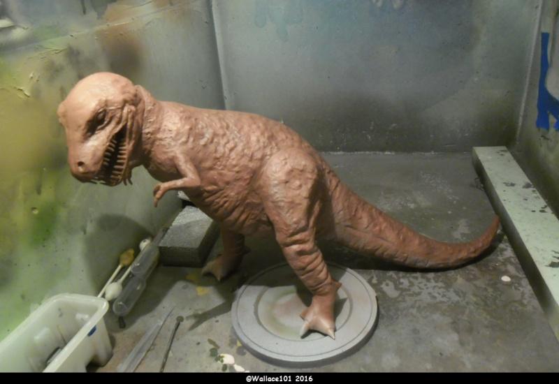 Tyrannosaurus rex Tamiya 1/35 (fini) - Page 2 Sam_0111