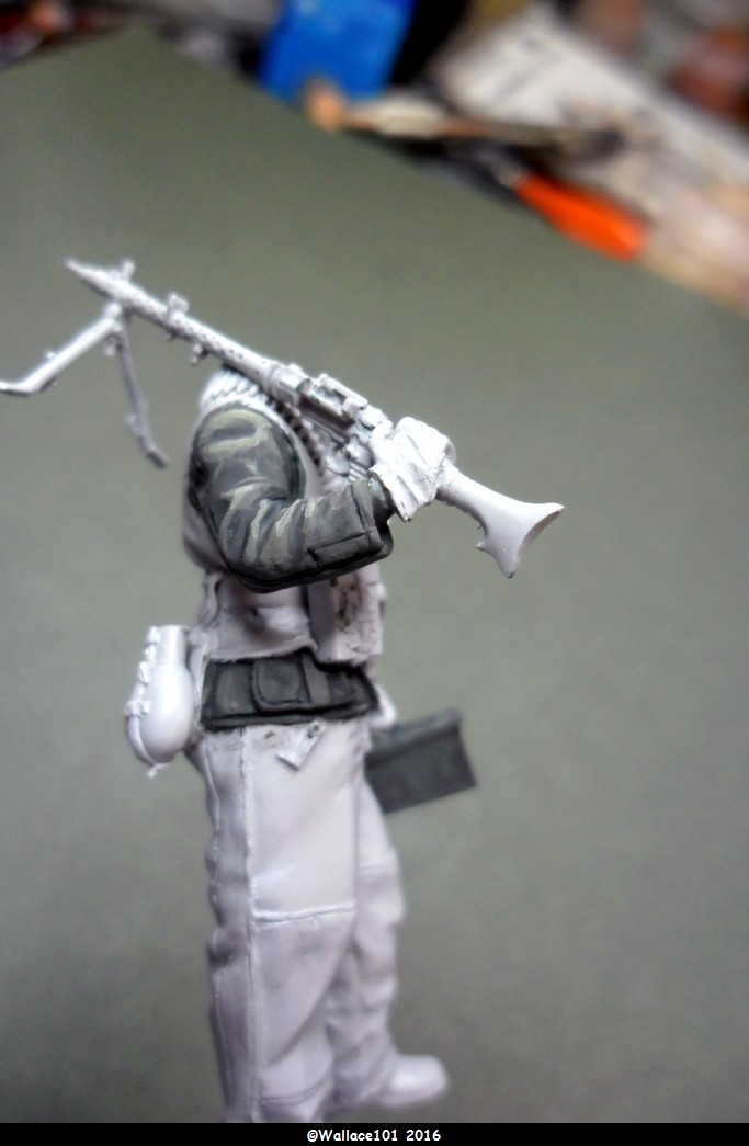 MG34 gunner Darius Minatures 1/35 terminé ! - Page 2 Vareus11
