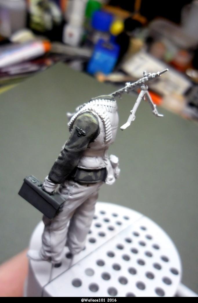 MG34 gunner Darius Minatures 1/35 terminé ! - Page 2 Vareus13