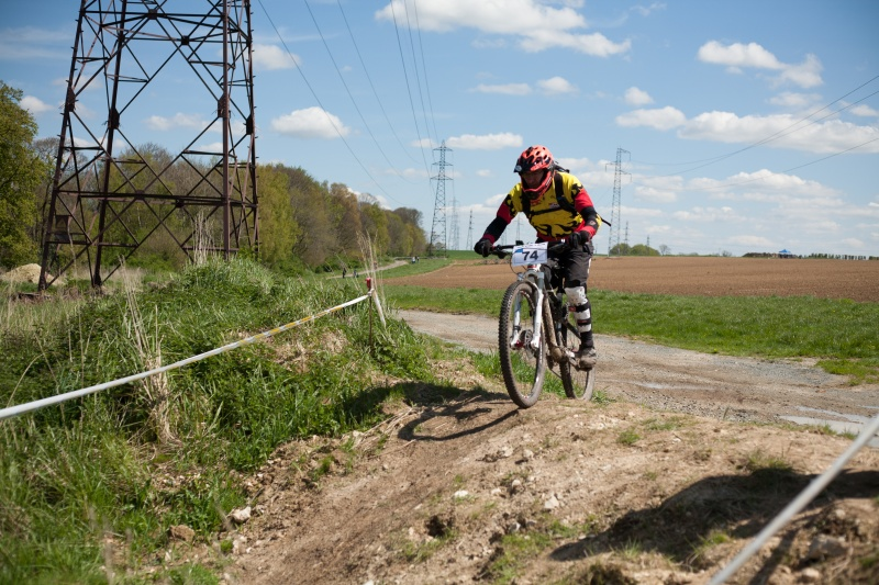 [DIMANCHE 01 MAI]Enduro Giant Le Havre (Oudalle 76) - Page 7 Img_1112