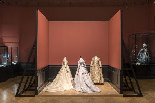 """Expo """"Anatomie d'une collection"""" au Palais Galliera 49225910"""