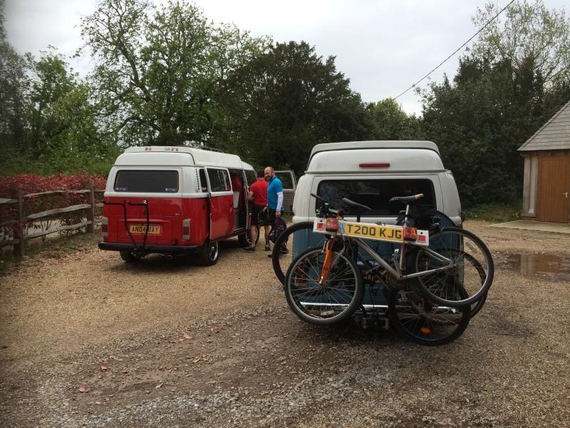 rack - Towbar bike rack with spare wheel clearance Img_1710