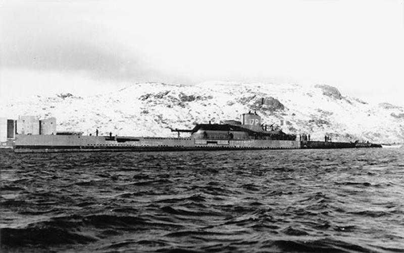 sous-marin Surcouf 1936 Surcou27