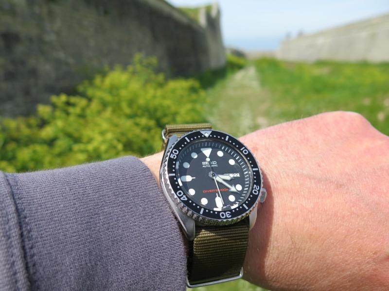 La montre du vendredi, le TGIF watch! - Page 20 22avri10
