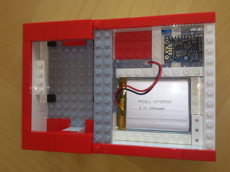 [RASPBERRY-PI] Réaliser votre CPOS avec une Framboise et des Legos - Page 2 Dsc_0810