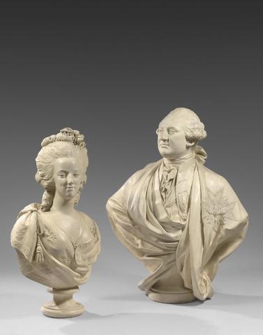 A vendre: bustes Marie Antoinette - Page 4 16454710