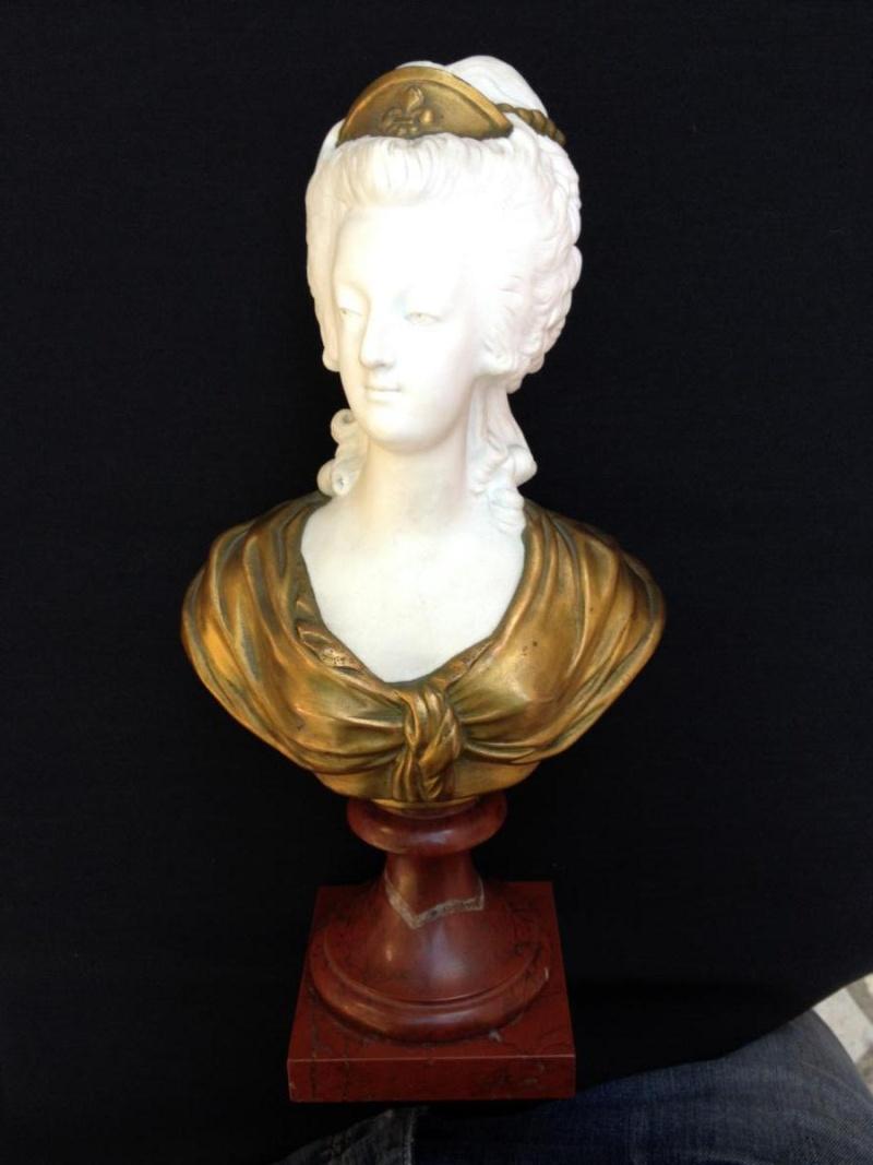 A vendre: bustes Marie Antoinette - Page 4 17352110