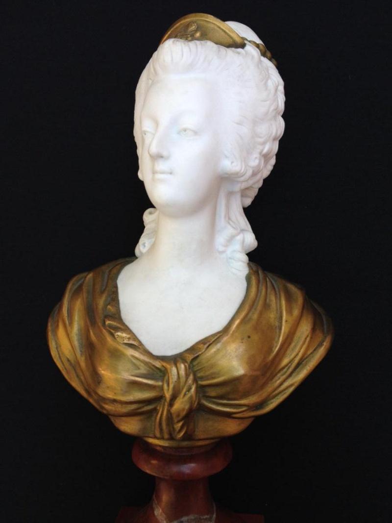 A vendre: bustes Marie Antoinette - Page 4 17352111