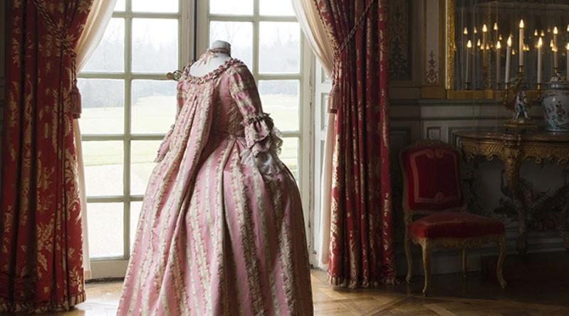 L'Elégance au XVIIIème siècle au Château de Champs-sur-Marne Costum10