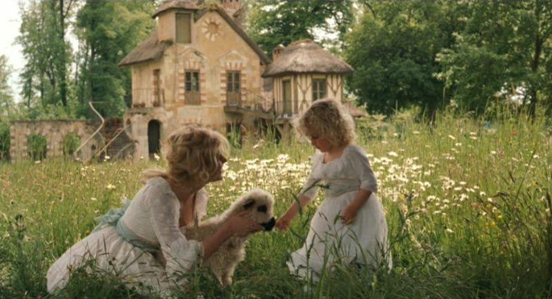 Marie Antoinette avec Kirsten Dunst (Sofia Coppola) - Page 3 Hrd-ma10