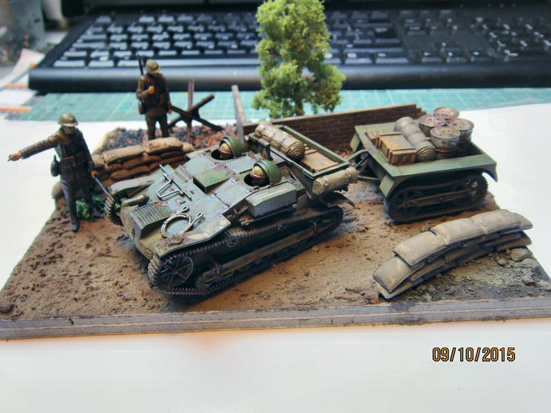 French Armored carrier UE   [1/35 de Tamiya] 54981410