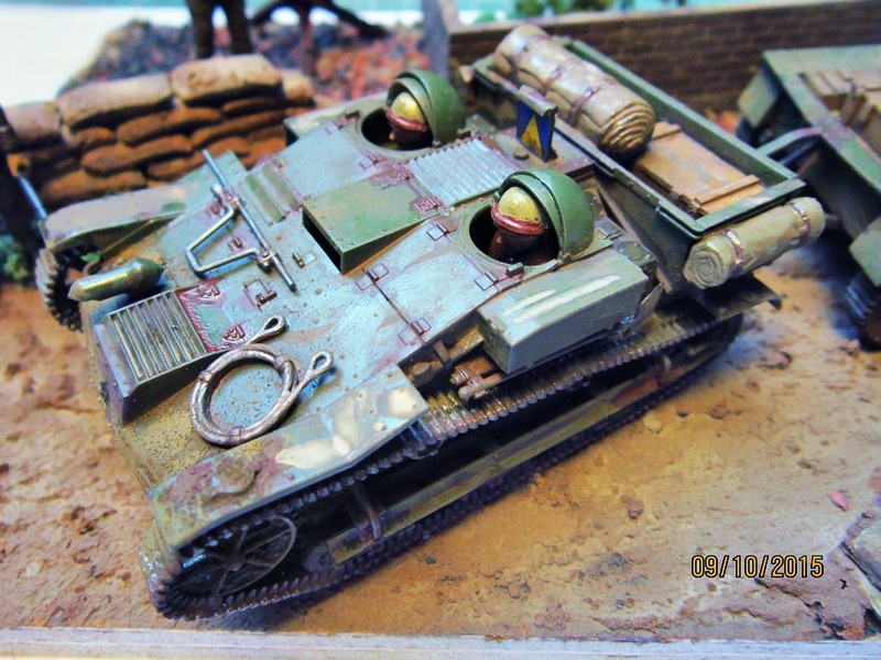 French Armored carrier UE   [1/35 de Tamiya] 96324610