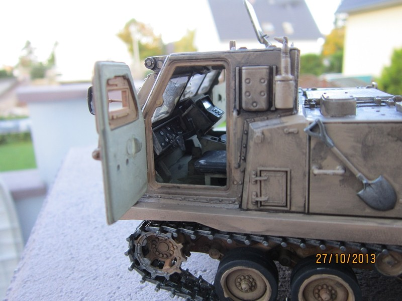M 270 MLRS [1/35 de AFV]  Img_1715