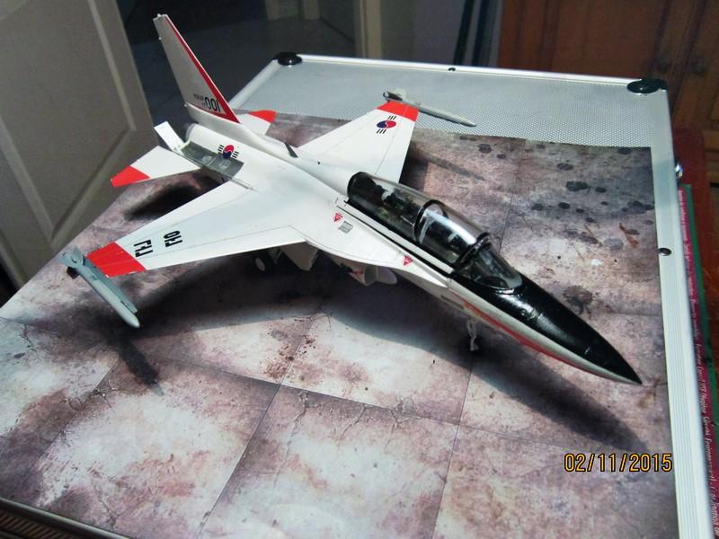 ROKAF T-50  [1/48° d'Academy] Img_3810