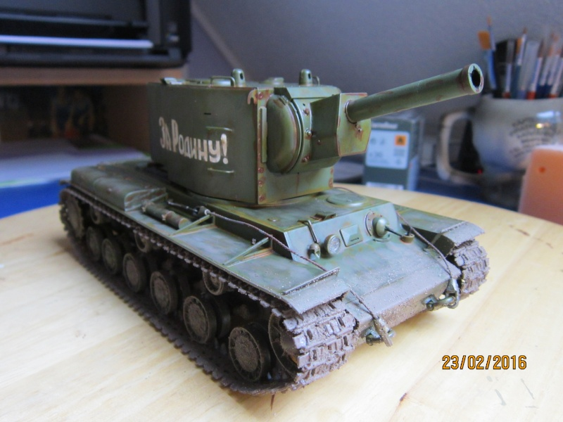 Russian Heavy Tank KV-2  [1/35° de ZVEZDA] Img_4122