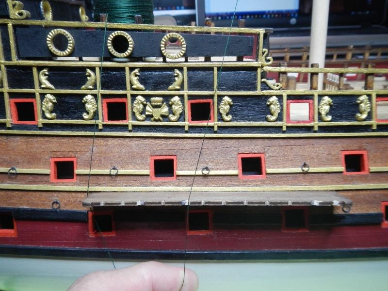 """Construction du """"Sovereign of the Seas"""" au 1/84 par Glénans - Partie II - Page 2 Dscn3948"""