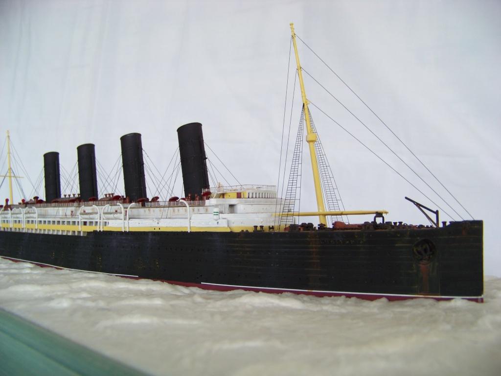 Diorama du torpillage du RMS Lusitania 1/350 Gunze Sangyo - Page 2 100_9312