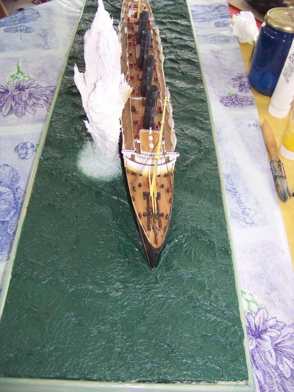 Diorama du torpillage du RMS Lusitania 1/350 Gunze Sangyo - Page 3 100_9325