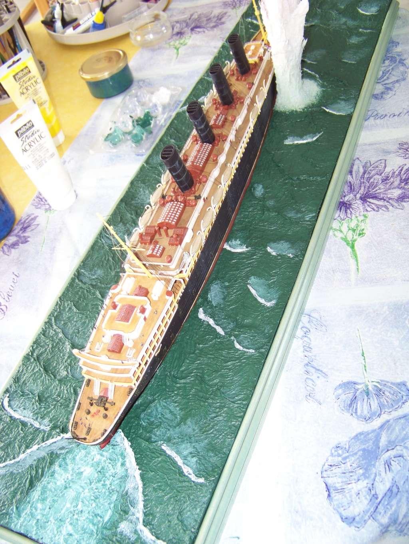 Diorama du torpillage du RMS Lusitania 1/350 Gunze Sangyo - Page 3 100_9326