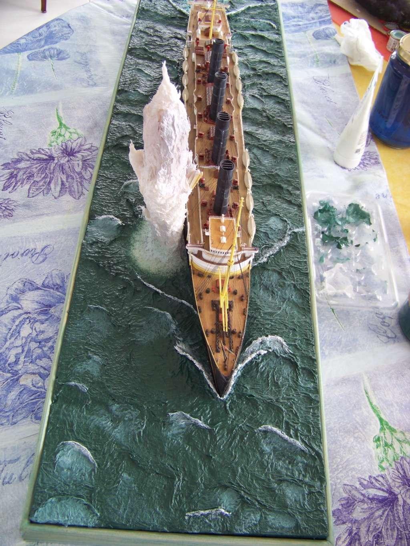 Diorama du torpillage du RMS Lusitania 1/350 Gunze Sangyo - Page 3 100_9327