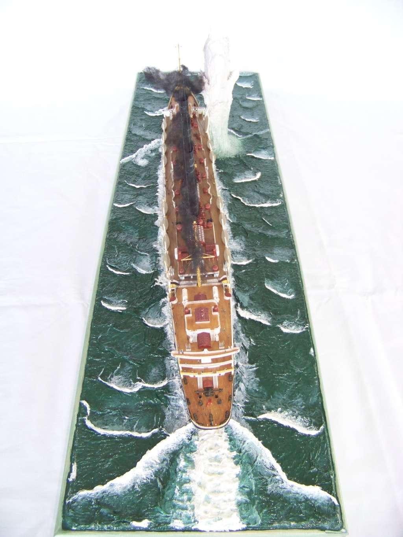 Diorama du torpillage du RMS Lusitania 1/350 Gunze Sangyo - Page 4 100_9329