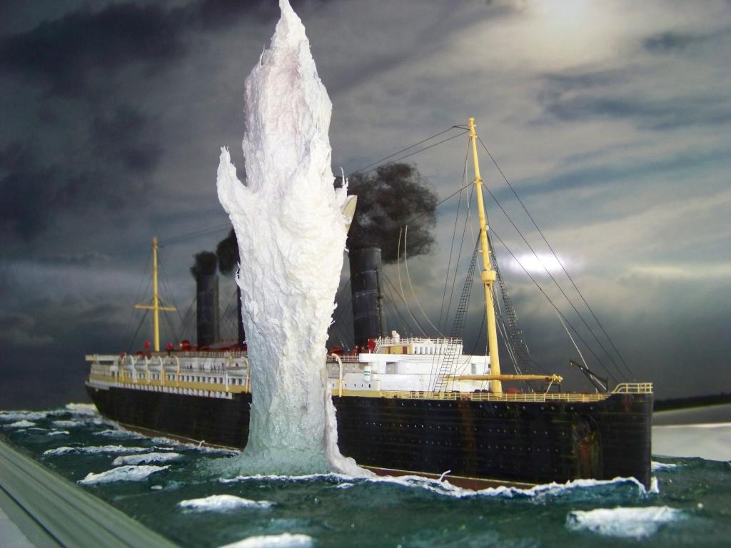 Dio : Torpillage du RMS Lusitania (Gunze Sangyo 1/350°) par PLEF 100_9343