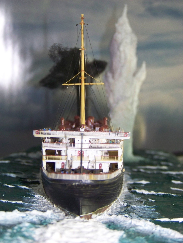 Dio : Torpillage du RMS Lusitania (Gunze Sangyo 1/350°) par PLEF 100_9345