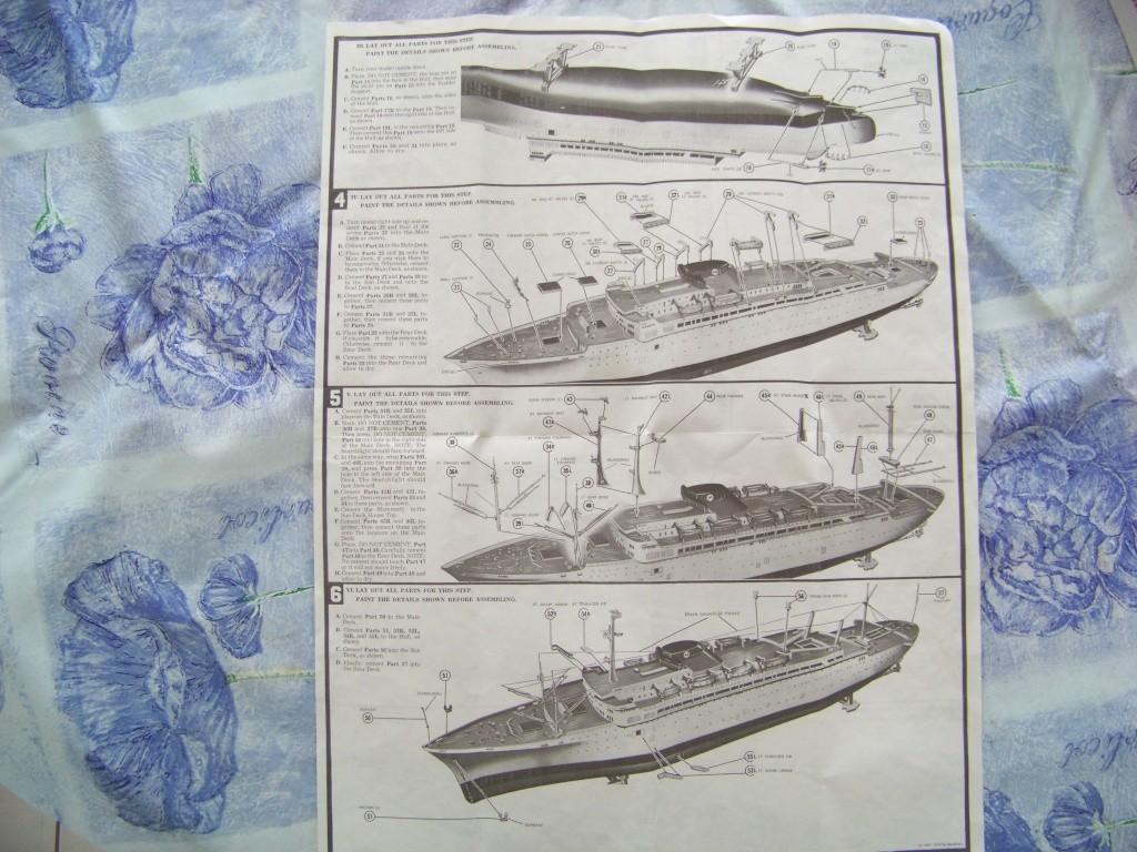 Paquebot mixte SS Brasil au 1/400 Revell  100_9358