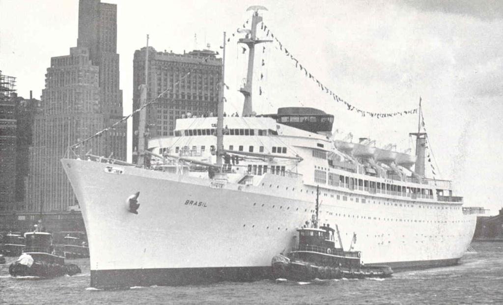 Paquebot mixte SS Brasil au 1/400 Revell  Brasil11
