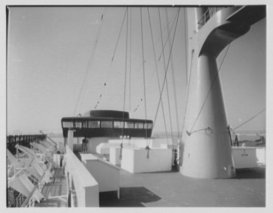 Paquebot mixte SS Brasil au 1/400 Revell  - Page 2 Brasil18