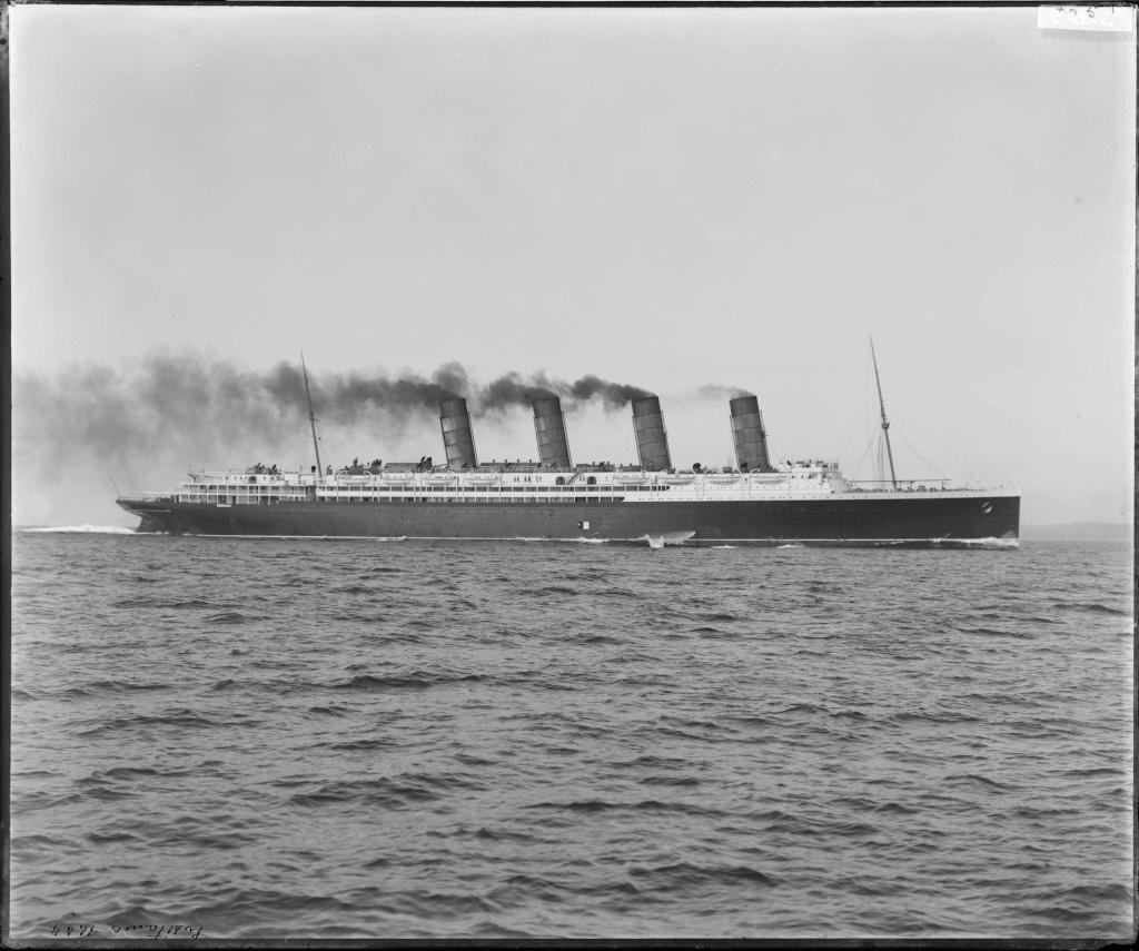 Dio : Torpillage du RMS Lusitania (Gunze Sangyo 1/350°) par PLEF Dc101-10