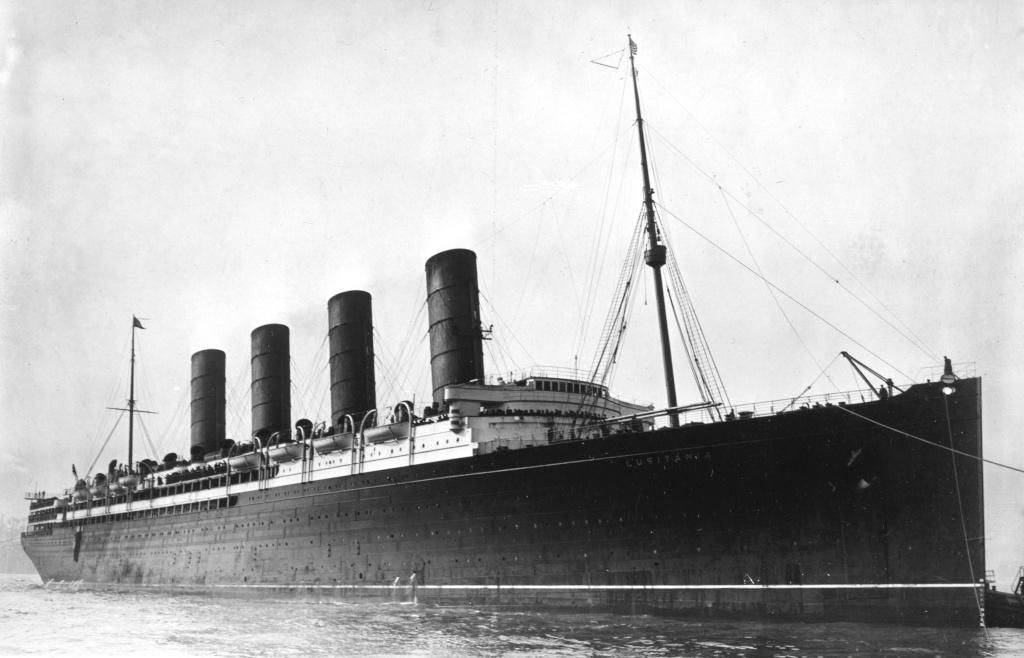 Dio : Torpillage du RMS Lusitania (Gunze Sangyo 1/350°) par PLEF Rms_lu10