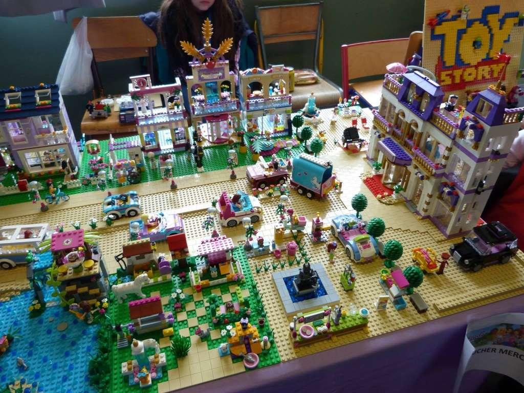 Diorama Elves exposition de LEGO Villeurbanne 2/04/16 11144910