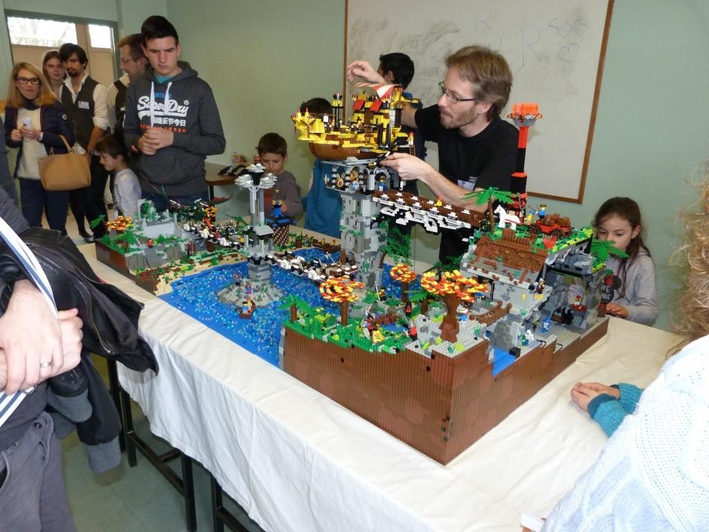 Diorama Elves exposition de LEGO Villeurbanne 2/04/16 12891010