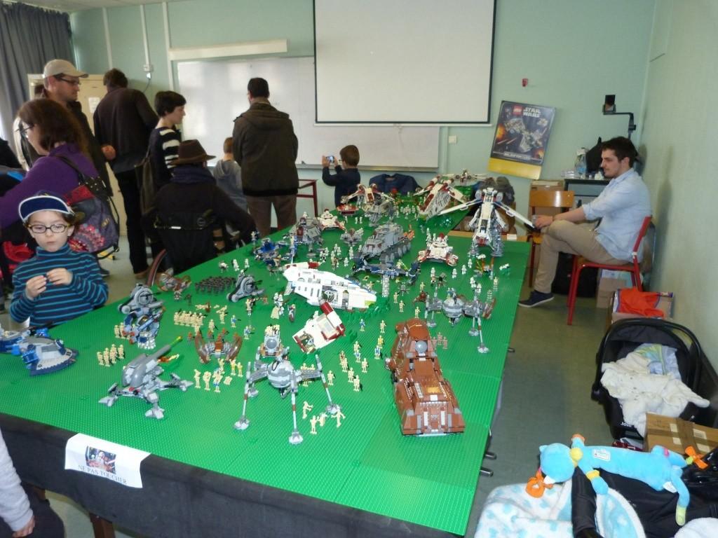 Diorama Elves exposition de LEGO Villeurbanne 2/04/16 12901310