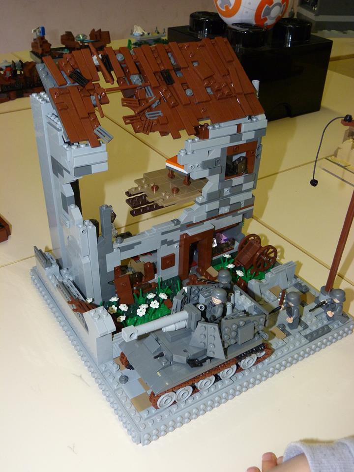 Diorama Elves exposition de LEGO Villeurbanne 2/04/16 14761110