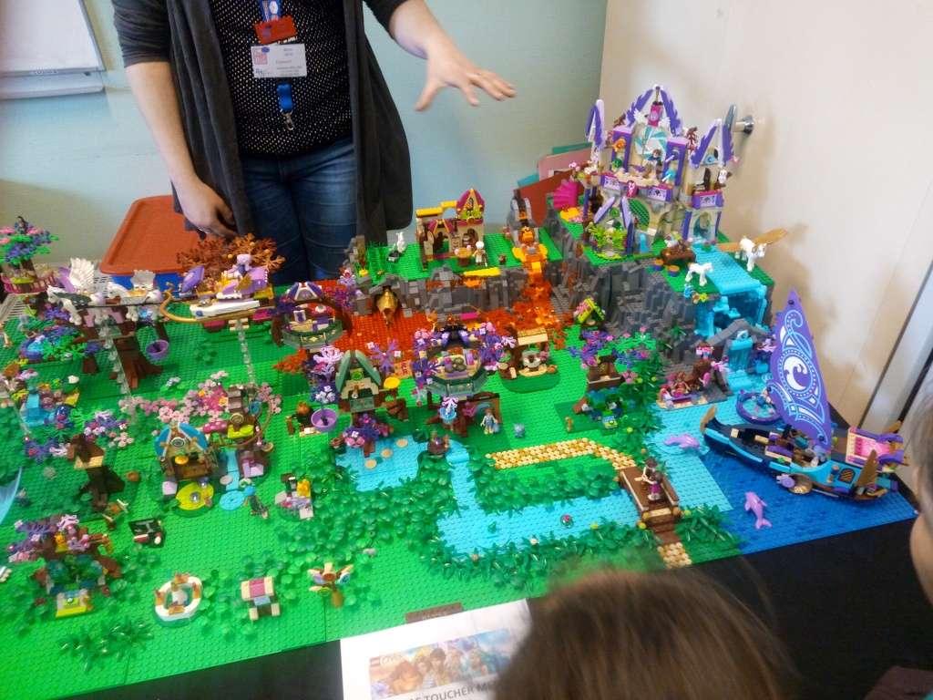 Diorama Elves exposition de LEGO Villeurbanne 2/04/16 Img_2016