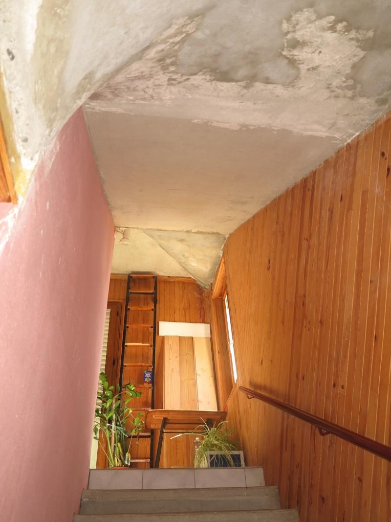 escalier en cours de relooking lambris naturel clair esprit vacances Escali12