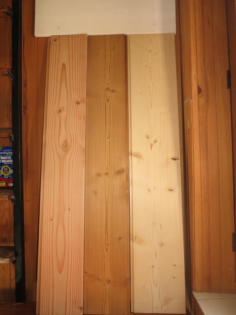 escalier en cours de relooking lambris naturel clair esprit vacances Lambri10